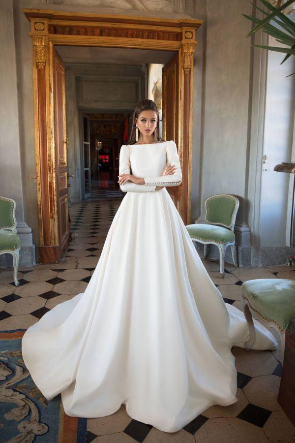 01e02a65e 1 Wedding Shop Dubai, Bridal Showroom Dubai & Boutique VANILA
